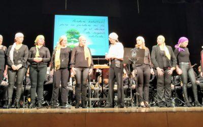 Concierto de la Coral Mamá Margarita y la Banda Escuela de la Agrupación Musical de Linares 1875